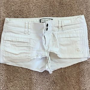 Abercrombie and Fitch White shorts